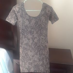 Beautiful gray and flower forever 21 bodycon dress